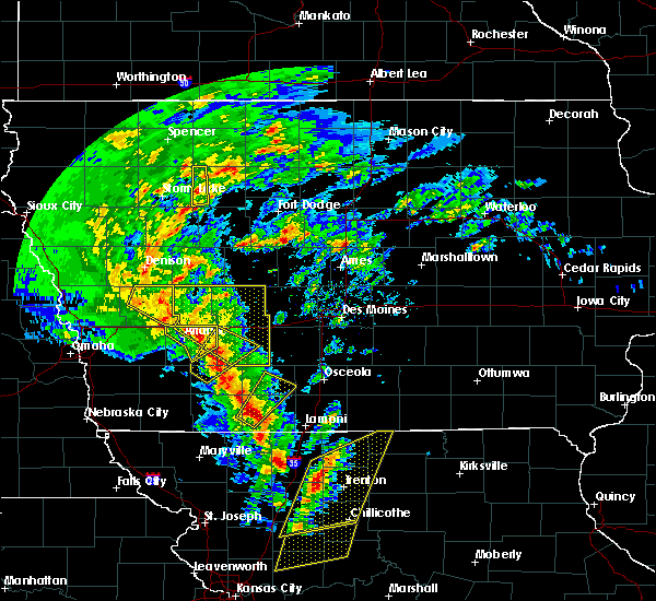 Radar Image for Severe Thunderstorms near Greenfield, IA at 11/11/2015 2:15 PM CST