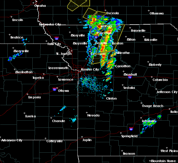 Radar Image for Severe Thunderstorms near Utica, MO at 11/11/2015 2:33 PM CST