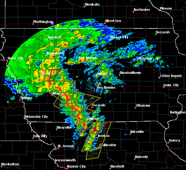 Radar Image for Severe Thunderstorms near Arcadia, IA at 11/11/2015 2:35 PM CST