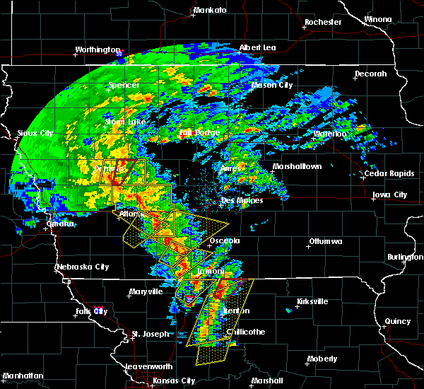 Radar Image for Severe Thunderstorms near Grand River, IA at 11/11/2015 2:38 PM CST