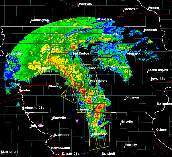 Radar Image for Severe Thunderstorms near Cumming, IA at 11/11/2015 3:10 PM CST