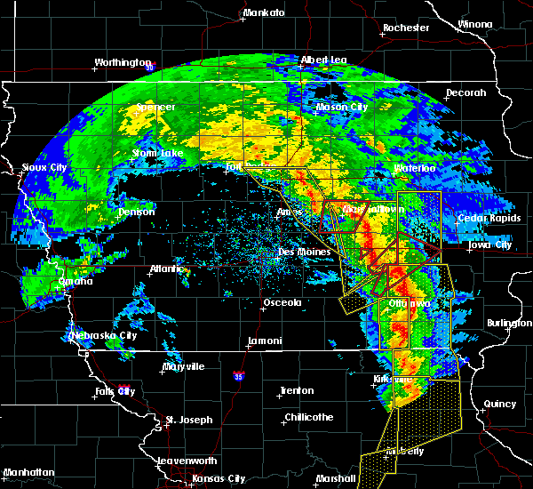 Radar Image for Severe Thunderstorms near Keomah Village, IA at 11/11/2015 4:29 PM CST