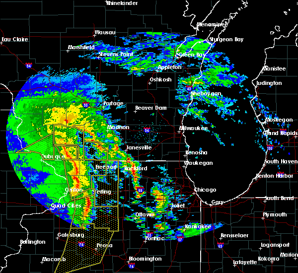Radar Image for Severe Thunderstorms near Monticello, WI at 11/11/2015 7:09 PM CST