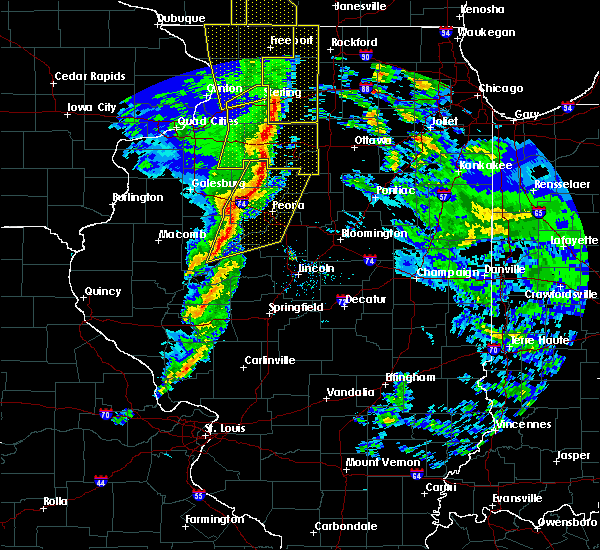 Radar Image for Severe Thunderstorms near Dunfermline, IL at 11/11/2015 7:18 PM CST