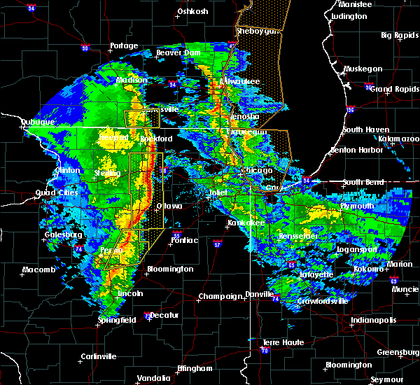 Radar Image for Severe Thunderstorms near Monroe Center, IL at 11/11/2015 8:10 PM CST