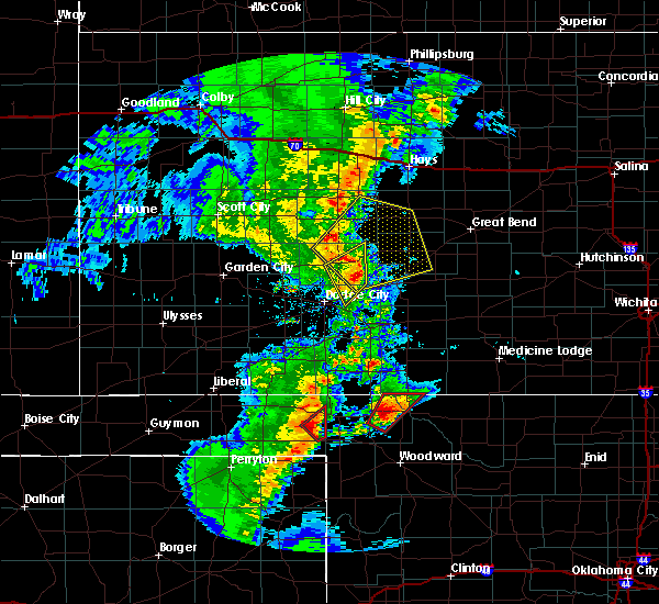 Radar Image for Severe Thunderstorms near Jetmore, KS at 11/16/2015 9:53 PM CST