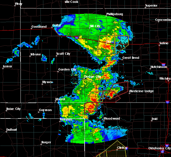 Radar Image for Severe Thunderstorms near Protection, KS at 11/16/2015 10:42 PM CST