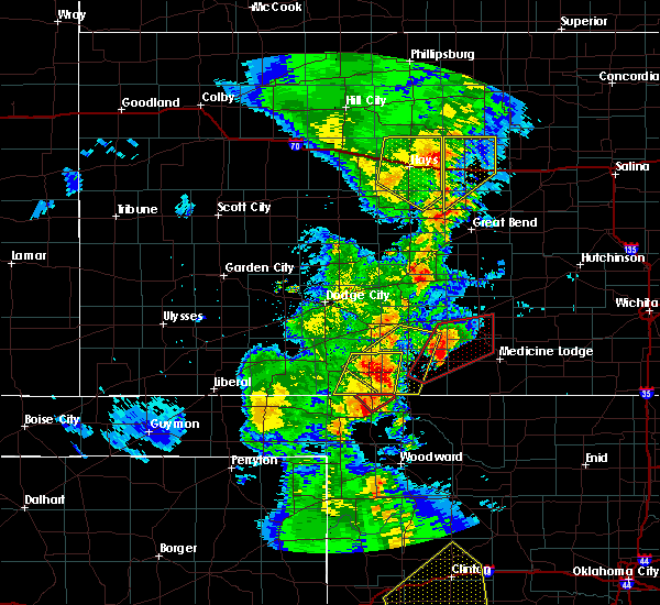Radar Image for Severe Thunderstorms near Protection, KS at 11/16/2015 10:52 PM CST
