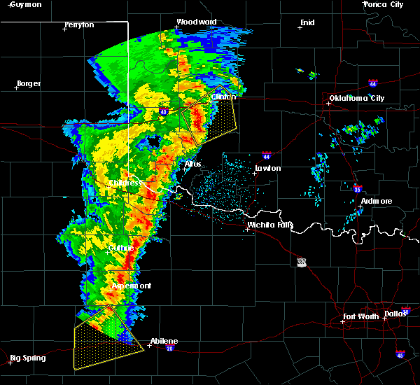 Radar Image for Severe Thunderstorms near Weatherford, OK at 11/16/2015 11:04 PM CST