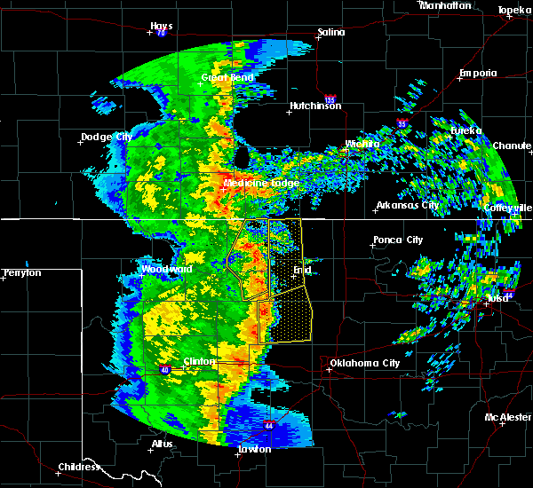Radar Image for Severe Thunderstorms near Waukomis, OK at 11/17/2015 12:33 AM CST