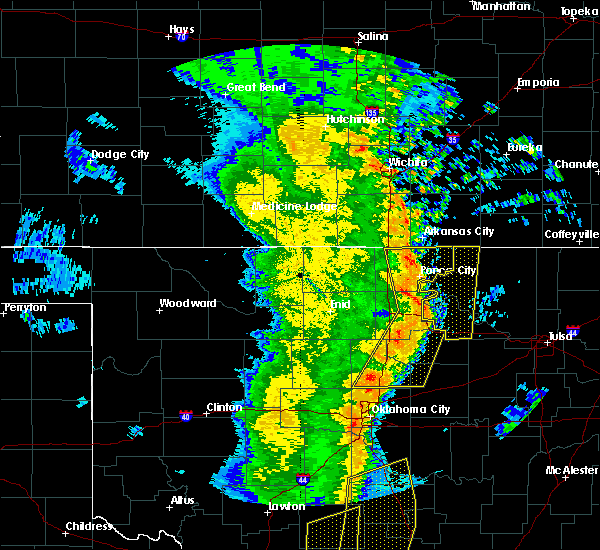 Radar Image for Severe Thunderstorms near Mulhall, OK at 11/17/2015 2:11 AM CST