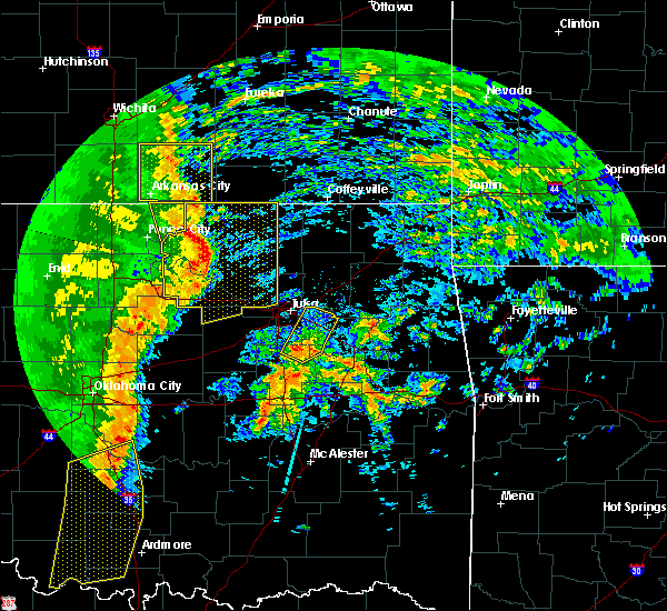 Radar Image for Severe Thunderstorms near Prue, OK at 11/17/2015 2:41 AM CST