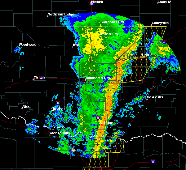 Radar Image for Severe Thunderstorms near Stroud, OK at 11/17/2015 3:40 AM CST