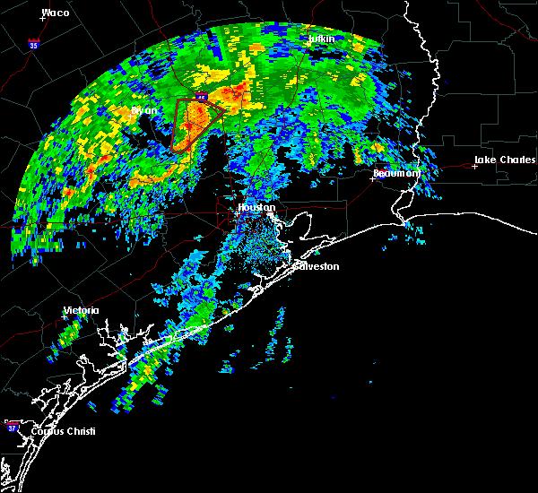 Radar Image for Severe Thunderstorms near Huntsville, TX at 11/17/2015 7:55 AM CST