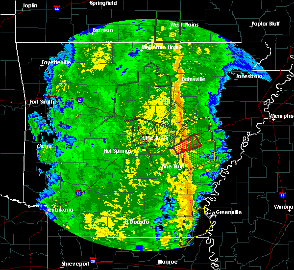 Radar Image for Severe Thunderstorms near Newport, AR at 11/17/2015 3:50 PM CST