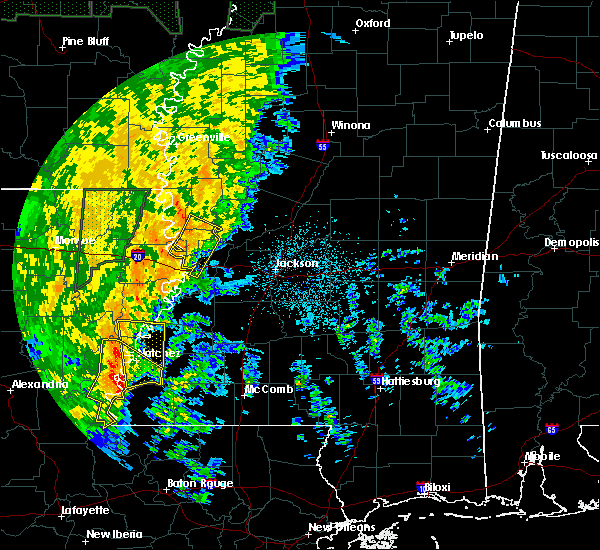 Radar Image for Severe Thunderstorms near Vidalia, LA at 11/17/2015 7:43 PM CST