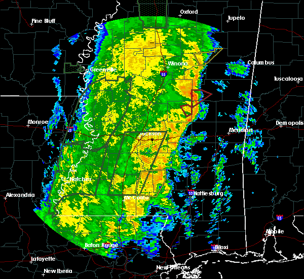 Radar Image for Severe Thunderstorms near Pearl River, MS at 11/18/2015 12:39 AM CST