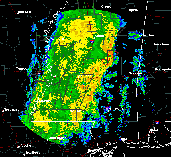Radar Image for Severe Thunderstorms near Prentiss, MS at 11/18/2015 12:46 AM CST