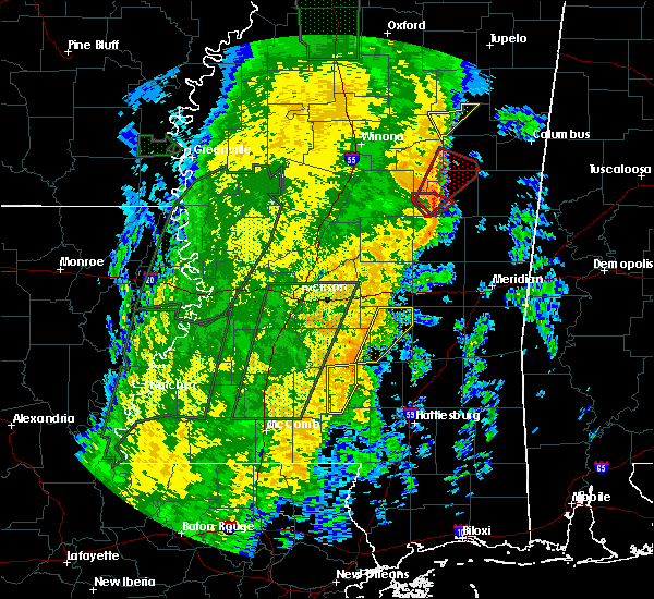 Radar Image for Severe Thunderstorms near Raleigh, MS at 11/18/2015 12:54 AM CST