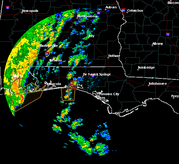 Radar Image for Severe Thunderstorms near Niceville, FL at 11/18/2015 11:03 AM CST