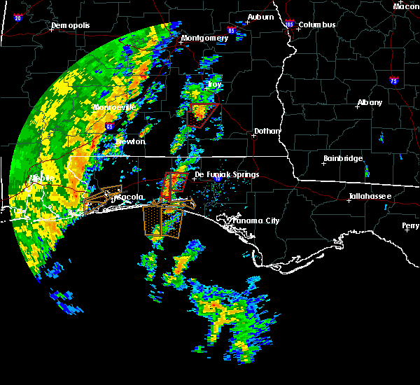Radar Image for Severe Thunderstorms near Niceville, FL at 11/18/2015 11:55 AM CST