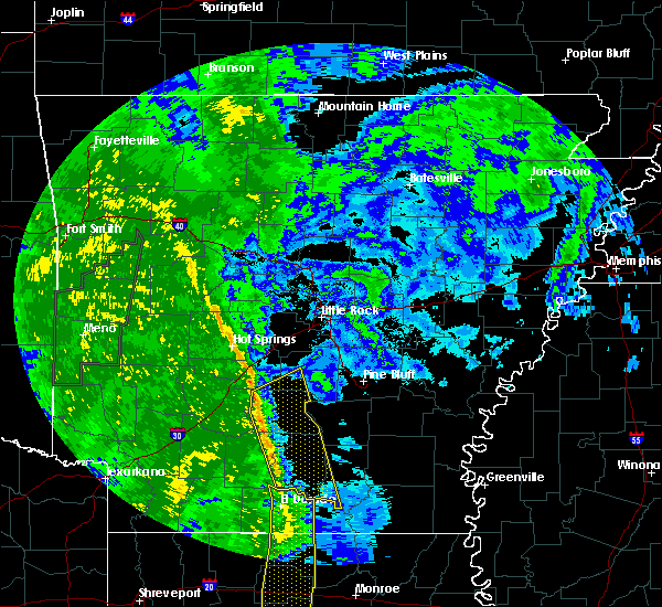 Radar Image for Severe Thunderstorms near Sparkman, AR at 12/13/2015 11:40 AM CST