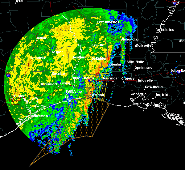 Radar Image for Severe Thunderstorms near Lake Charles, LA at 12/13/2015 1:07 PM CST