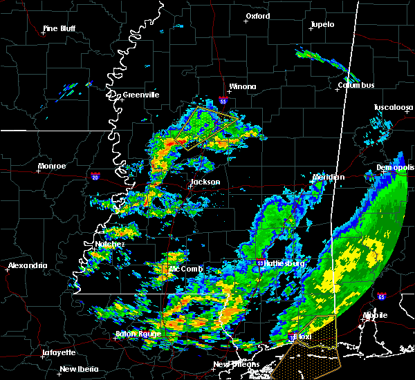 Radar Image for Severe Thunderstorms near Durant, MS at 12/23/2015 6:17 AM CST