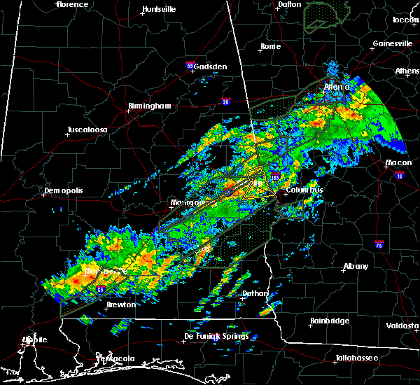 Radar Image for Severe Thunderstorms near Smiths Station, AL at 12/24/2015 10:40 AM CST