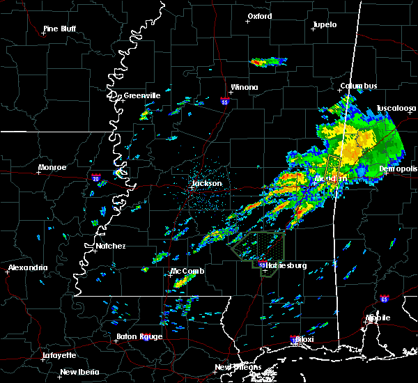 Radar Image for Severe Thunderstorms near Lauderdale, MS at 12/24/2015 8:04 PM CST