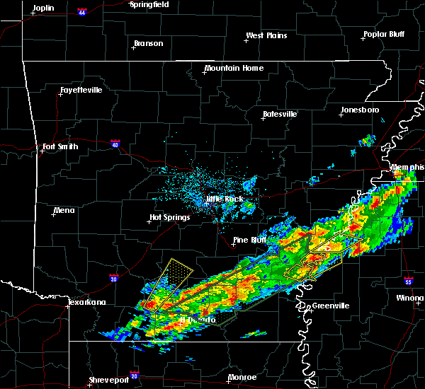 Radar Image for Severe Thunderstorms near Sparkman, AR at 12/25/2015 1:11 AM CST