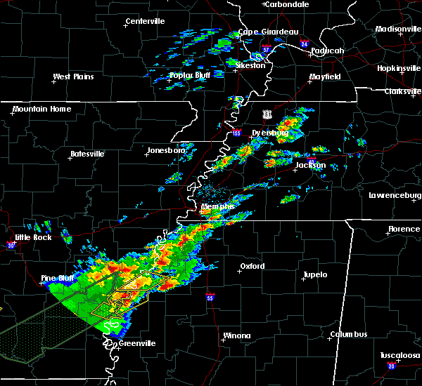 Radar Image for Severe Thunderstorms near Tunica Resorts, MS at 12/25/2015 1:17 AM CST