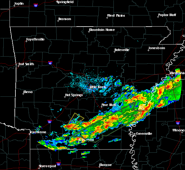 Radar Image for Severe Thunderstorms near Sparkman, AR at 12/25/2015 1:31 AM CST