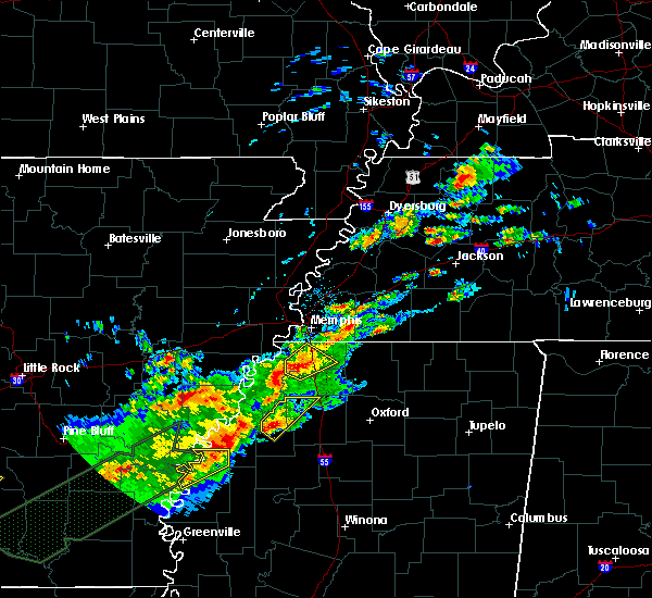 Radar Image for Severe Thunderstorms near Marks, MS at 12/25/2015 1:37 AM CST