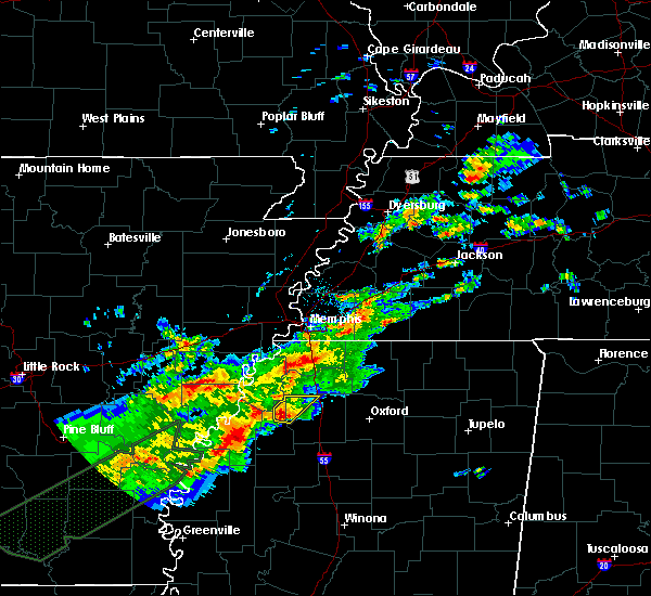 Radar Image for Severe Thunderstorms near Sledge, MS at 12/25/2015 1:52 AM CST