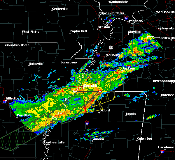 Radar Image for Severe Thunderstorms near Holly Springs, MS at 12/25/2015 2:45 AM CST