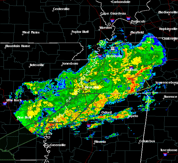 Radar Image for Severe Thunderstorms near Sardis, TN at 12/25/2015 4:09 AM CST