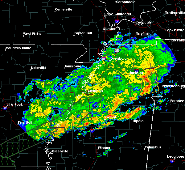 Radar Image for Severe Thunderstorms near Clifton, TN at 12/25/2015 4:27 AM CST