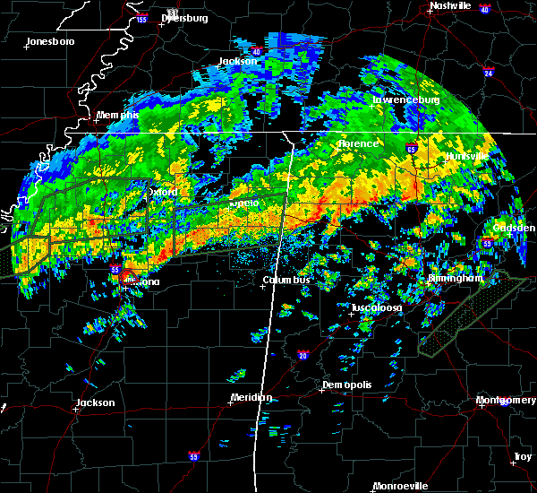 Radar Image for Severe Thunderstorms near Winona, MS at 12/25/2015 9:03 AM CST