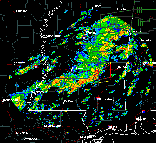 Radar Image for Severe Thunderstorms near Bay Springs, MS at 12/25/2015 3:54 PM CST
