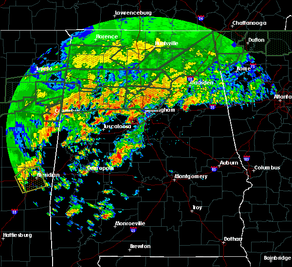 Radar Image for Severe Thunderstorms near Birmingham, AL at 12/25/2015 4:45 PM CST