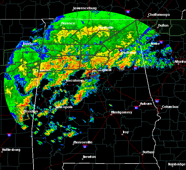 Radar Image for Severe Thunderstorms near Birmingham, AL at 12/25/2015 5:06 PM CST