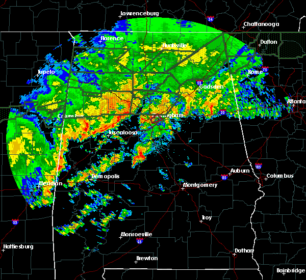 Radar Image for Severe Thunderstorms near Calera, AL at 12/25/2015 5:28 PM CST
