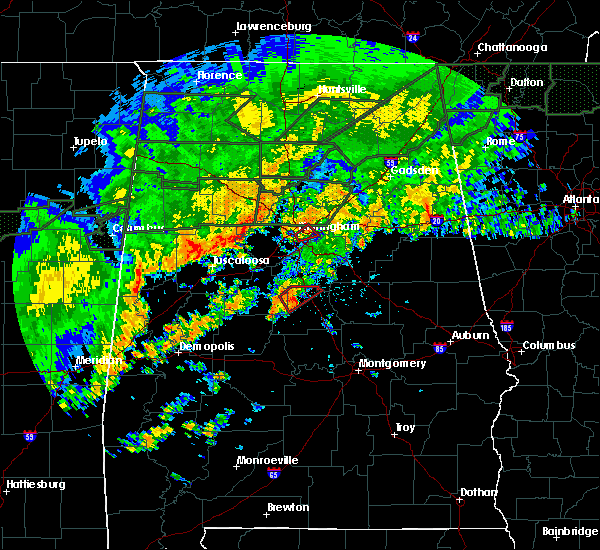 Radar Image for Severe Thunderstorms near Calera, AL at 12/25/2015 5:45 PM CST
