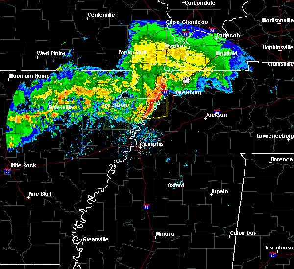Radar Image for Severe Thunderstorms near Blytheville, AR at 12/26/2015 8:53 AM CST