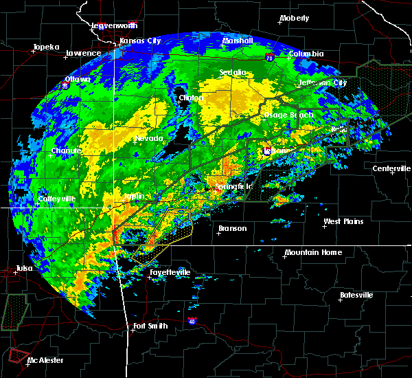 Radar Image for Severe Thunderstorms near Exeter, MO at 12/26/2015 5:33 PM CST