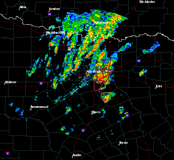 Radar Image for Severe Thunderstorms near Mertens, TX at 12/26/2015 6:16 PM CST