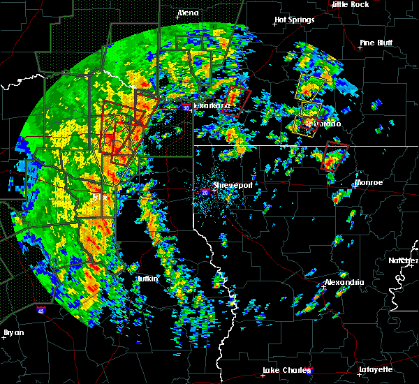 Radar Image for Severe Thunderstorms near Calion, AR at 12/27/2015 3:42 PM CST