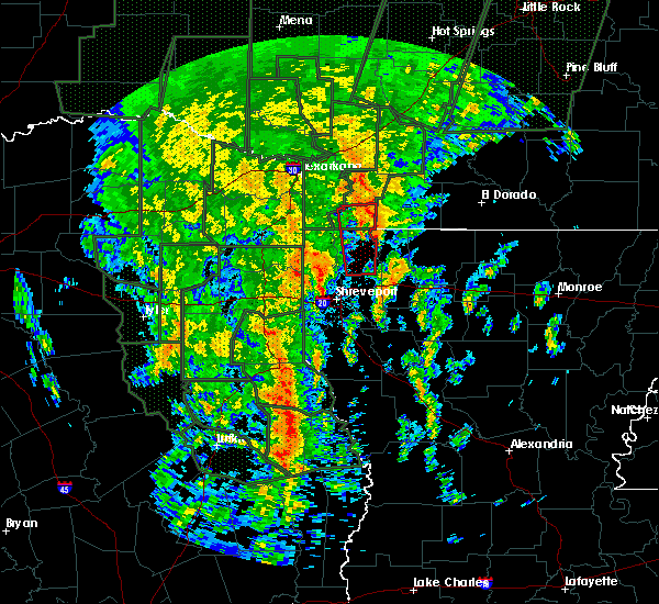 Radar Image for Severe Thunderstorms near Vivian, LA at 12/27/2015 8:14 PM CST