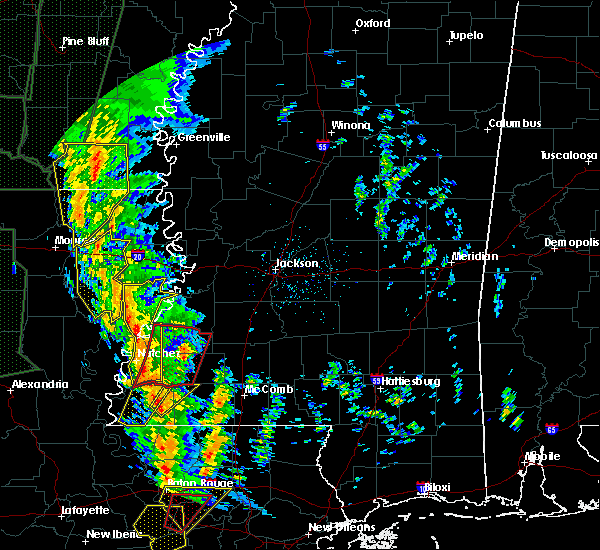 Radar Image for Severe Thunderstorms near Crosby, MS at 12/28/2015 2:27 AM CST